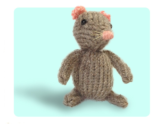 Mouse cute Free Knitting pattern